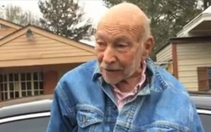 State Persecuting 88-year-old Doctor Who Treats Poor From His Car