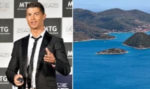 Soccer - cristiano-ronaldo-bought-his-agent-a-greek island