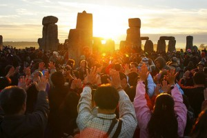 Saved from the occult - Druids and revelers worship at Stonehnge