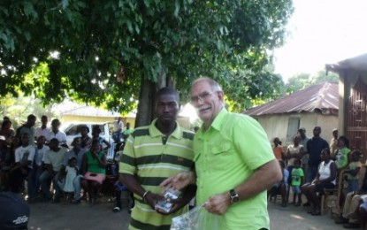 Homebound Missions Delivers Audio Bibles to Cahess, Haiti