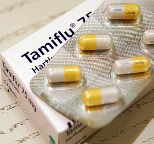 Tamiflu Tabletten, fotografiert am Mittwoch, 15. Maerz 2006 in Frankfurt am Main. (AP Photo/Michael Probst) ---Tamiflu pills in Frankfurt, central Germany, Wednesday, March 15, 2006. (AP Photo/Michael Probst)