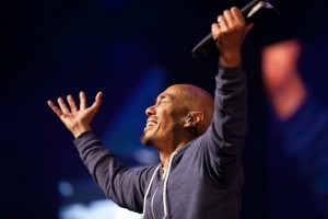 Francis Chan Challenges Christians