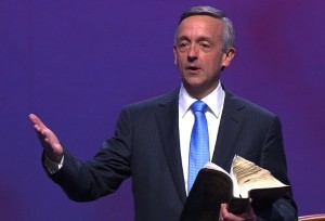 Megachurch Pastor Swings the Sword of the Spirit in Transgender Debate - Pastor robert-jeffress