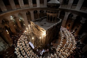 Christians unite to renovate Christ's tomb1