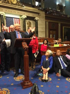 Lawmakers respond to Orlando - House Democrats hold sit-in in push for gun control