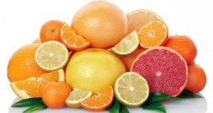 eating-citrus-fruit