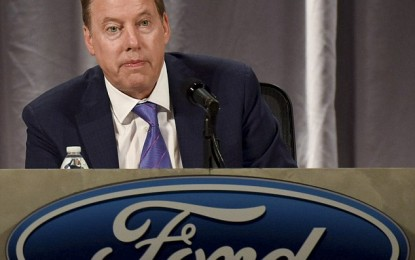 Ford Cancels Factory Move to Mexico, Apple to Make iPhones in USA Thanks to Trump