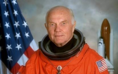 Former astronaut John Glenn dies