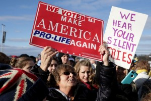 Pro-lifers look forward to 2017