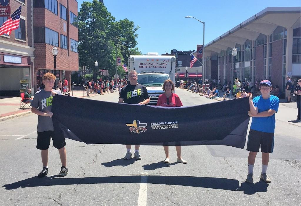 Gods Team parade