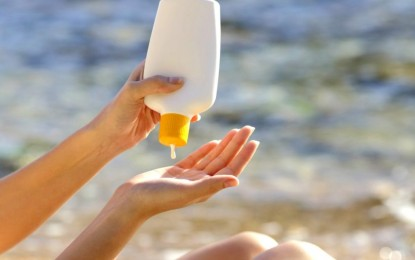 Sunscreen chemical turns highly toxic when exposed to sunlight, study reports