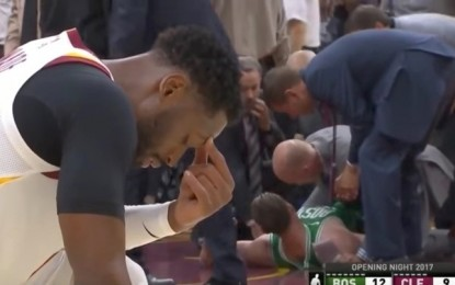 'I am Playing for the Glory of God': Gordon Hayward Suffers Horrific Injury, Players Immediately Begin Praying