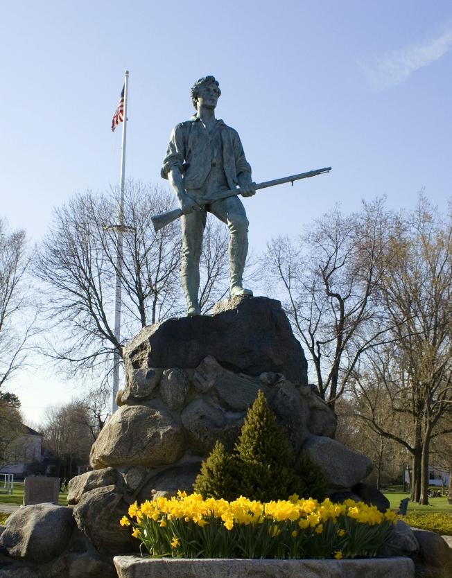 The Shot Heard - Minuteman Statue on Lexington Green in Massachusetts