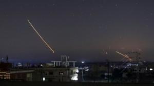 28 Israeli jets