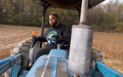 Former NFL Player Becomes Small Farmer and Gives Food to the Poor to Find True Success in Life
