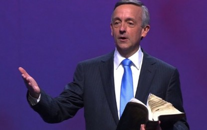 Megachurch Pastor Swings the Sword of the Spirit in Transgender Debate