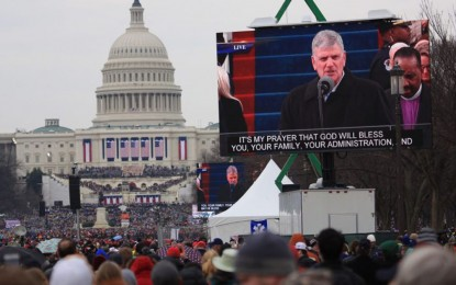 A Major Prophetic Sign Appeared The Moment Donald Trump Stepped To The Inauguration Platform