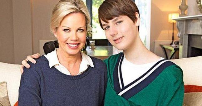 Mum Surprises Transgender Teen With First Dose of Hormones
