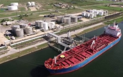 Texas Exports More Oil Than It Imports For First Time Ever