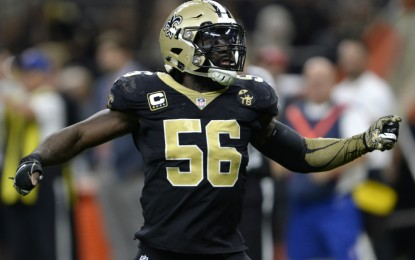Saints LB Demario Davis provides wheelchair-accessible van for family in need